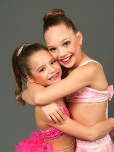 Maddie and Mackenzie Family Pictures