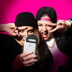 Smartphone Selfie Light - great for taking selfies in poor light. 15$ OFF: http://bit.ly/RZSelfieLight #selfie #light #smartphone #phone #iPhone #android