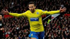 Manchester United 0-1 Newcastle United. Yohan Cabaye's goal gave Newcastle a first league victory at Old Trafford since 1972. BBC read, 12/8/13