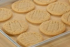 Little pink hearts - HQ Recipes Best Sugar Cookie Icing, Best Peanut Butter Cookies, Peanut Butter Cookie Recipe, Sugar Cookies Recipe, Shortbread Cookies, Best Homemade Cookie Recipe, Cookie Base Recipe, Best Cookie Recipes, Perfect Snickerdoodle Recipe