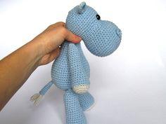 Pequeño hipopótamo Timi Amigurumi Crochet patrón / por DioneDesign