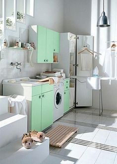 Such a lovely, bright laundry room