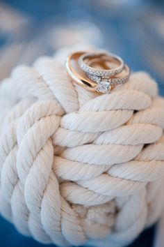 A good Nantucket wedding; It's a coming together of New England prep and nautical musings that make for really fantastic beach weddings. Nantucket Wedding, Seaside Wedding, Vineyard Wedding, Martha's Vineyard, Nautical Wedding Inspiration, Nautical Wedding Theme, Nautical Party, Boat Wedding, Dream Wedding