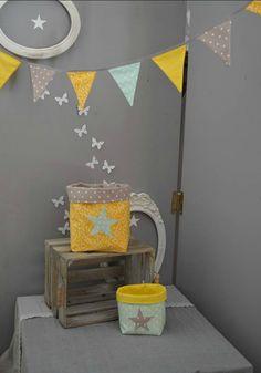 guirlande fanions pochons vide poche rangement vert d'eau jaune gris taupe étoiles - décoration chambre bébé jaune vert d'eau taupe