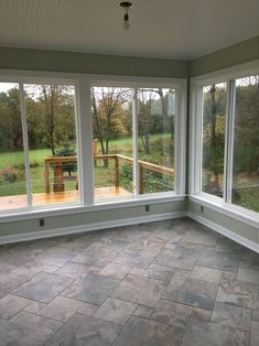 Surf photos of sunroom layouts and also design. Discover ideas for your four seasons room addition, consisting of ideas for sunroom decorating and layouts. Porch Windows, House With Porch, Outdoor Living, Porch Design, New Homes, Screened Porch Designs, Porch Remodel, Sunroom Designs, Building A Porch