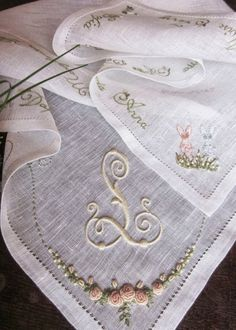 Elizabeth Hand Embroidery:  Exquisite embroidery! Italian blog but you can switch it to English in the sidebar