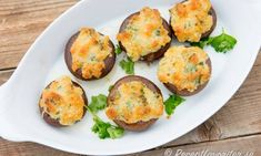 kan Tapas, Lchf, Baked Potato, Food And Drink, Potatoes, Eggs, Baking, Breakfast, Ethnic Recipes