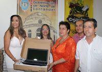 Noticias de Cúcuta: GOBERNACIÓN ENTREGÓ 2.800 COMPUTADORES PORTÁTILES ...