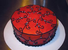the Vampire's Parlor Cake by blackboxbakery, via Flickr