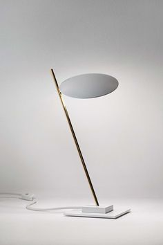'Lederam' white simple table light | Beleuchtung | Catellani & Smith @ architonic |