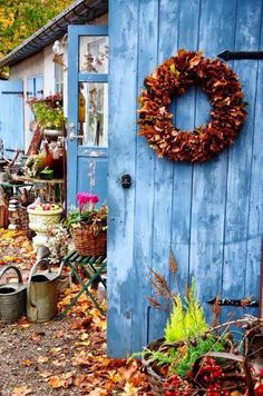 60 beautiful garden ideas - garden pictures for garden decorations Garden Art, Garden Design, Blue Garden, Shed Interior, Garden Pictures, My Secret Garden, Autumn Garden, Autumn Inspiration, Fall Halloween
