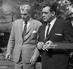 Photo d'actualité : MASON. William Hopper as Paul Drake and Raymond...