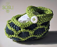Turtle Saartje's Booties by sosu ~ free pattern