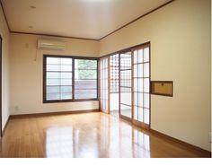 12帖の居室。床も綺麗になって気持ちいい