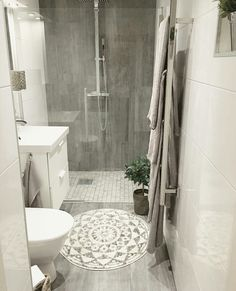 Is your home in need of a bathroom remodel? Give your bathroom design a boost with a little planning and our inspirational Most Popular Small Bathroom Remodel Ideas in 2018 Upstairs Bathrooms, Downstairs Bathroom, Bathroom Renos, Laundry In Bathroom, Dyi Bathroom, Small Basement Bathroom, Small Bathroom Remodeling, Small Bathroom Ideas, Small Basement Remodel