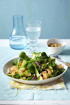 Unser beliebtes Rezept für Salat mit Avocado, Algen, Garnelen und Feldsalat und mehr als 55.000 weitere kostenlose Rezepte auf LECKER.de.