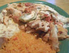 This Mexican inspired recipe for Pollo a la Crema features chicken breasts in a cream sauce with mushrooms and sauteed green peppers.