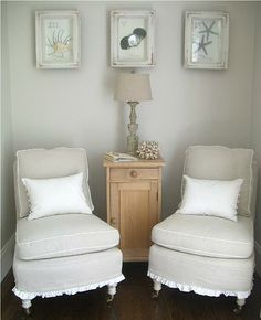 love the chairs cute ruffle & white contrast welting..