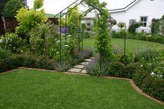 Garden in Gowrie Village designed by Jan Blok