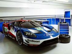 bott stattet die Werkstatt des Ford GT Motorsportprogramms aus