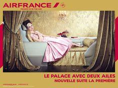 elle est en anglais. La raison : le marché d'Air France est mondial, et la campagne, internationale.