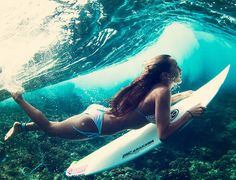 Awesome underwater photography Can't wait to go to the beach and surf this summer! Beach Girls, Surf Girls, Beach Bum, Ocean Beach, Bikini Beach, Bikini Girls, Hot Surfers, Water Surfing, Girl Surfing
