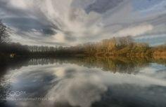 Mirror autumn by RemsRdp