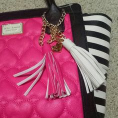 """More pictures of BETSEY JOHNSON 10 """" tall 11"""" wide measured from black to black left to right So it actually wider because this has wings  Bottom is 12""""x4"""" Betsey Johnson Bags Satchels"""