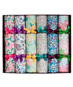 Liberty Superior Crackers. LOVE these iconic Liberty prints on paper crackers. Could your dinner party BE anymore British?!
