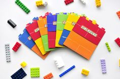 Lego Geburtstagsparty – miss red fox - Marta - Birthday Party Sleepover Party Games, Hen Party Games, Bachelorette Party Games, 7th Birthday Party Ideas, Diy Birthday, Lego Invitations, Birthday Party Invitations, Watermelon Birthday Parties, Time Kids