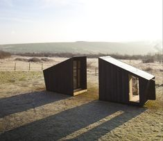 Observatory by Feilden Clegg Bradley house artist's studios Prefabricated Cabins, Prefab Homes, Cabin Homes, Micro House, Tiny House, Amazing Architecture, Architecture Design, Temporary Architecture, Cabin Design