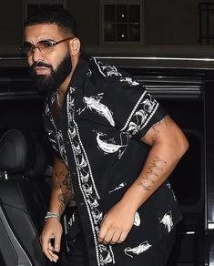 Drake Wallpapers, Rap Album Covers, Rihanna And Drake, Drake Drizzy, Drake Ovo, Drake Graham, Aubrey Drake, Rapper Art, Rap Albums