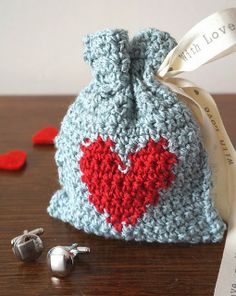 free crochet pattern heart gift bag