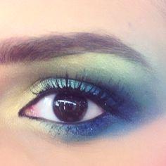 1970's eye makeup. Blending up! <3