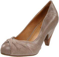 Miz Mooz Women's Felicity Pump - designer shoes, handbags, jewelry, watches, and fashion accessories | endless.com