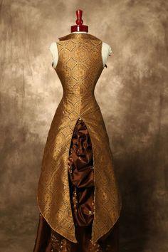 What Emely wears in Dorne
