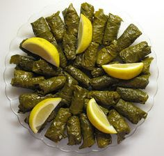 Food for the Lebanese Soul in All of Us: Lebanese Rolled Grape Leaves (Warak inib mishwee)