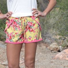 HP SALE 🎀Pretty Floral Pom Pom Shorts Statement Style Host Pick! pretty and so comfy! Elastic waistband, fits slightly small.  New with tags from my boutique Boutique  Shorts