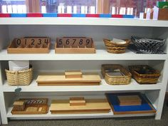 Love the clean set up in a Montessori classroom. The neutral baskets are also very nice.