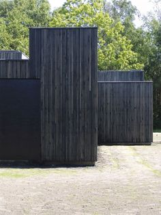 Skybox House by Primus architects in denmark great vertical black timber cladding. Black Architecture, Amazing Architecture, Architecture Details, Interior Architecture, House Cladding, Timber Cladding, Exterior Cladding, Black Cladding, Cladding Ideas