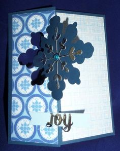 Snowflake thinlet Swing Card with gift card holder pocket - closed