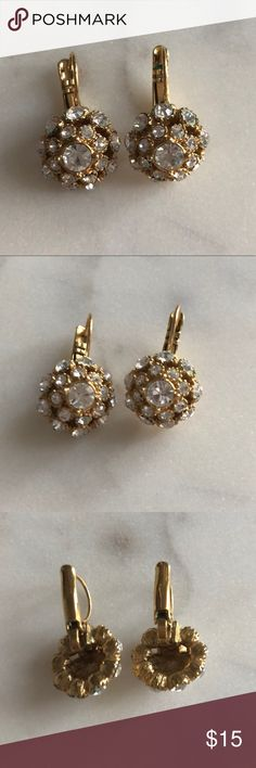 """kate spade ♠️  Gold Tone Crystal Cluster Earrings Great used condition! Kate Spade earnings - gold tone metal with clasp closure for pierced ears. Crystal gem clusters reflect light. 1"""" size. Beautiful to be dressed up or down. kate spade Jewelry Earrings"""