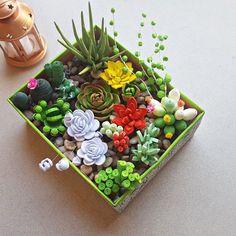 Picture of Paper Quilling Succulent Garden