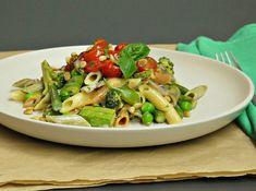 κριθαράκι με λαχανικά του Χόλιγουντ vs της Πόλης   Pandespani Pasta Primavera, Pesto, Sprouts, Cooking Recipes, Menu, Chicken, Vegetables, Anonymous, Food