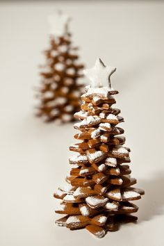 Love these gingerbread trees...perfect additions is varying sizes in the landscaping of your gingerbread house.