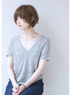 . Girl Short Hair, Short Hair Cuts, Short Hair Styles, Short Bob Hairstyles, Cute Hairstyles, Hair Inspo, Hair Inspiration, Look Con Short, Cute Haircuts