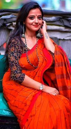 Hello friends welcome filmy groups, we added a bunch best telegram film groups in our website so if you are interested in this category please visit our website. Beautiful Girl Indian, Most Beautiful Indian Actress, Beautiful Saree, Gorgeous Women, Indian Photoshoot, Saree Photoshoot, Indian Actress Hot Pics, Fashion Designer, Indian Attire