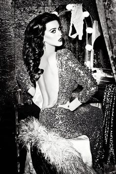 Love Katy's Old Hollywood glam.