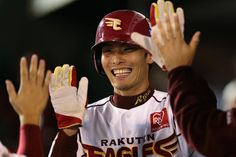 Twitter / Rakuten__Eagles: 2013年シーズンの写真から聖澤選手の素敵な笑顔を一枚♪ 来 ...