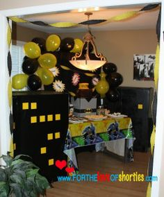 Batman and Gotham City birthday party; @www.fortheloveofshorties.com